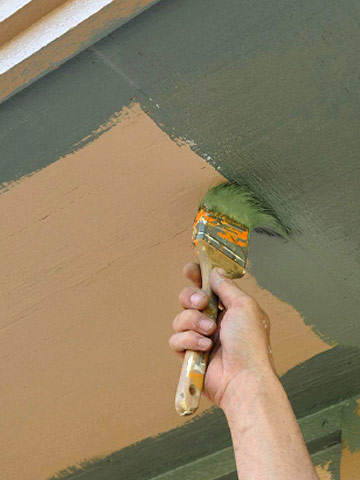 Painting Soffits and Eaves | Better Homes & Gardens