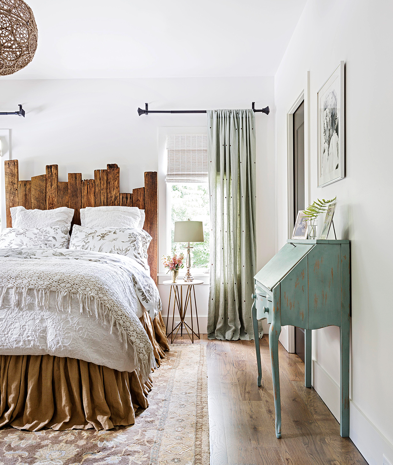 modern farmhouse bedroom with white walls