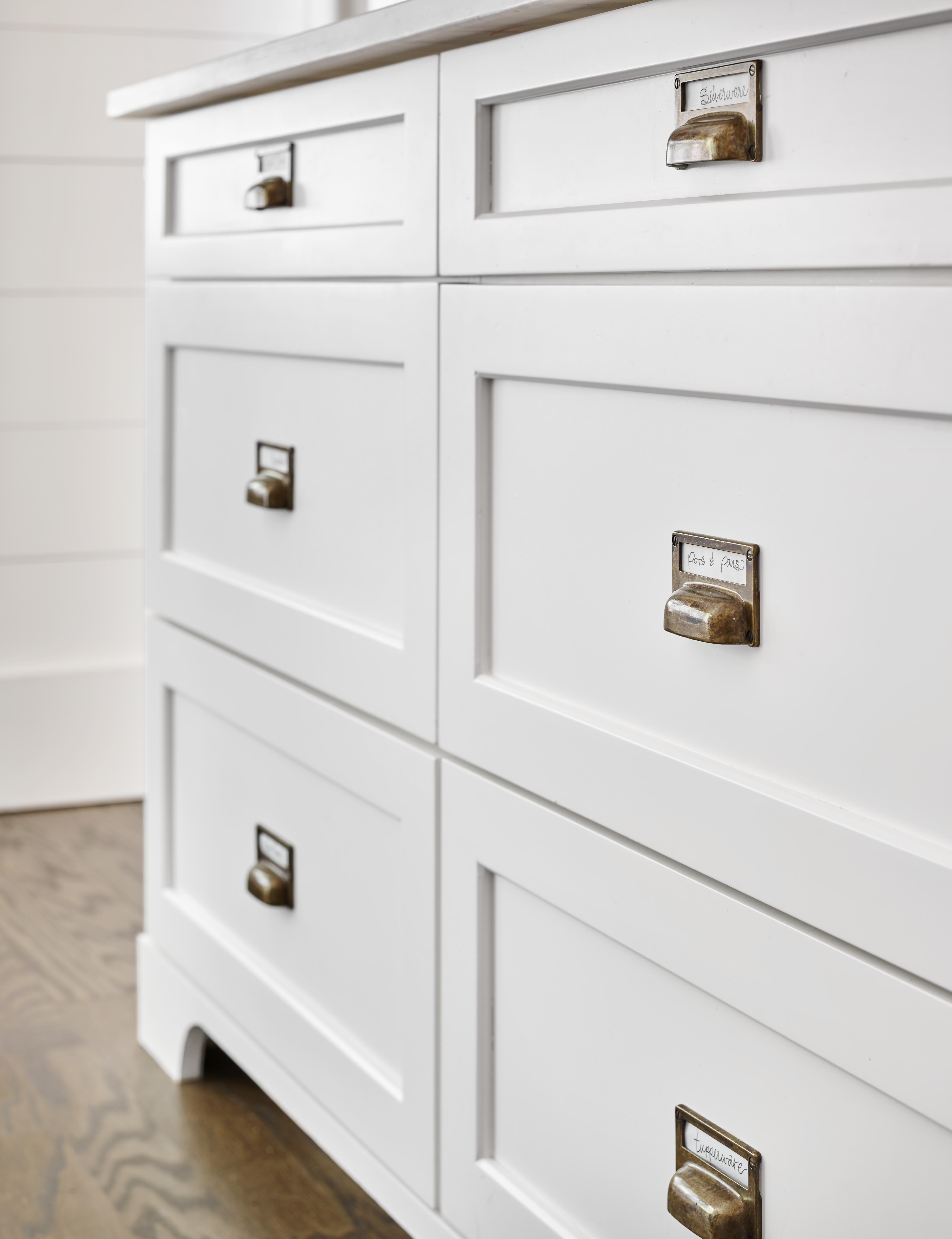 vintage contemporary kitchen drawers white