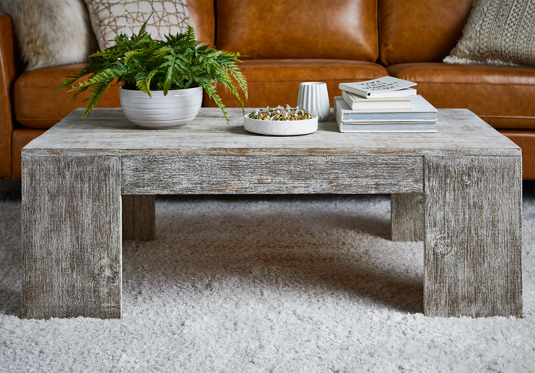 How to Make a Farmhouse Coffee Table