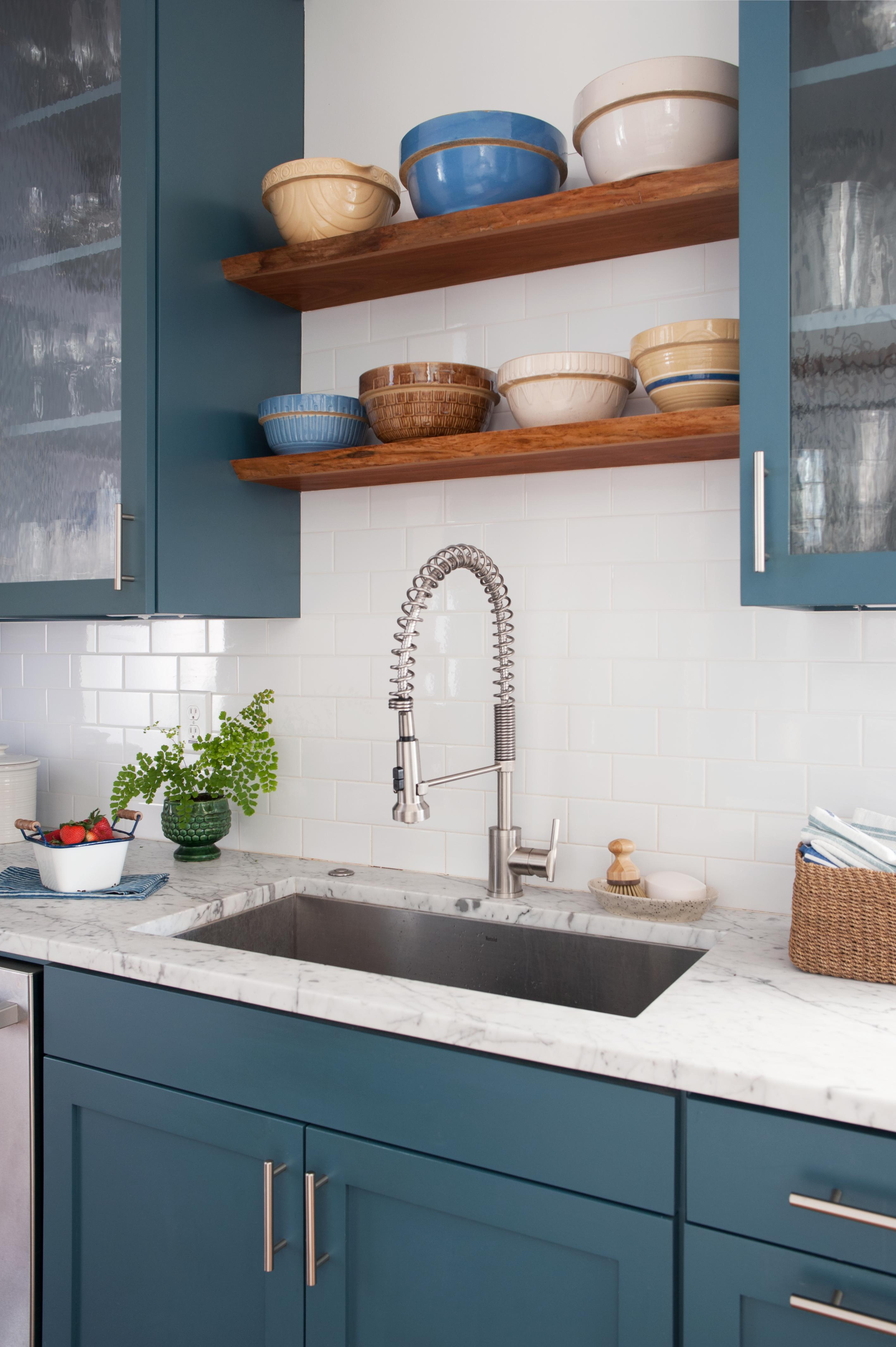 How To Clean Kitchen And Bathroom Countertops Better