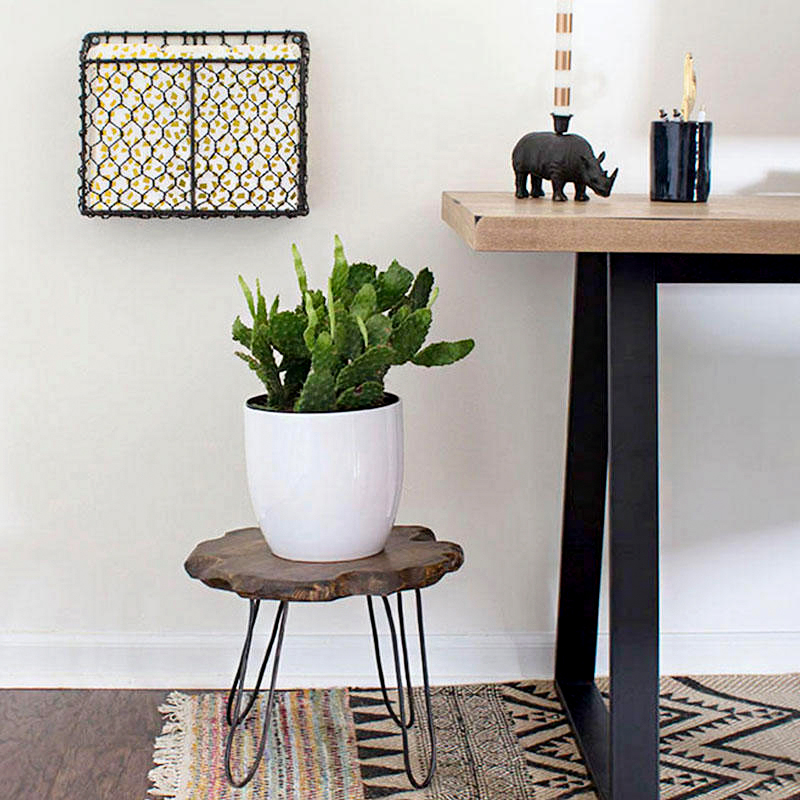 diy plant stand with hairpin legs