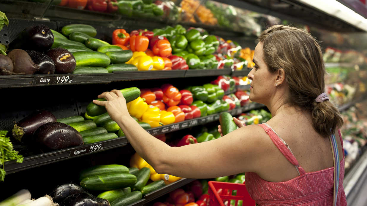 The Reason Grocery Stores Spray Water on Their Produce Will Blow Your Mind