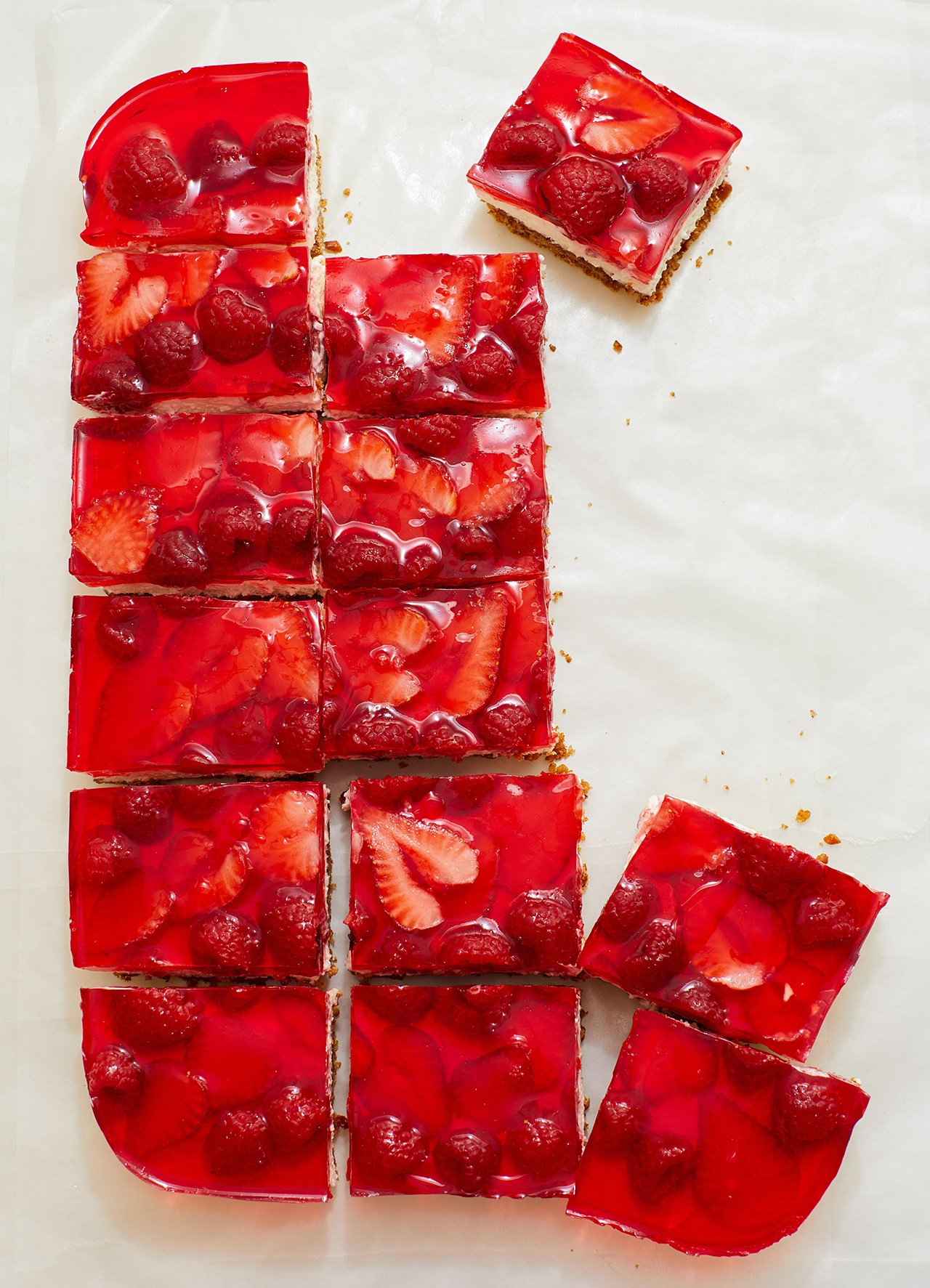 Berry Cream Bars
