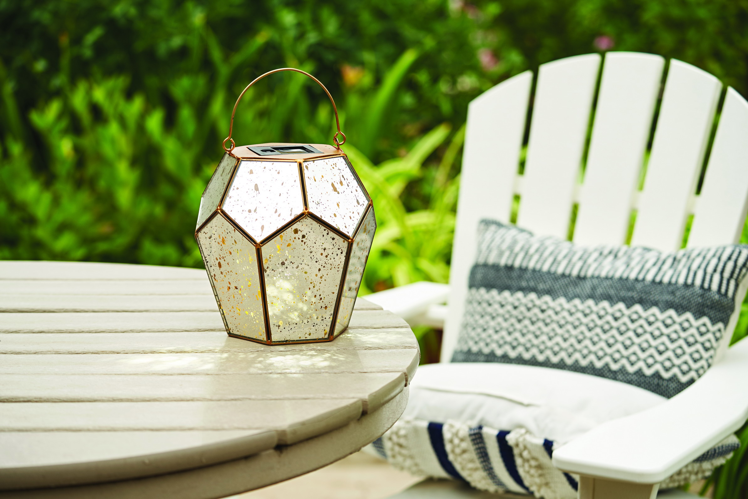 The Best Solar Lights for Outdoor Entertaining