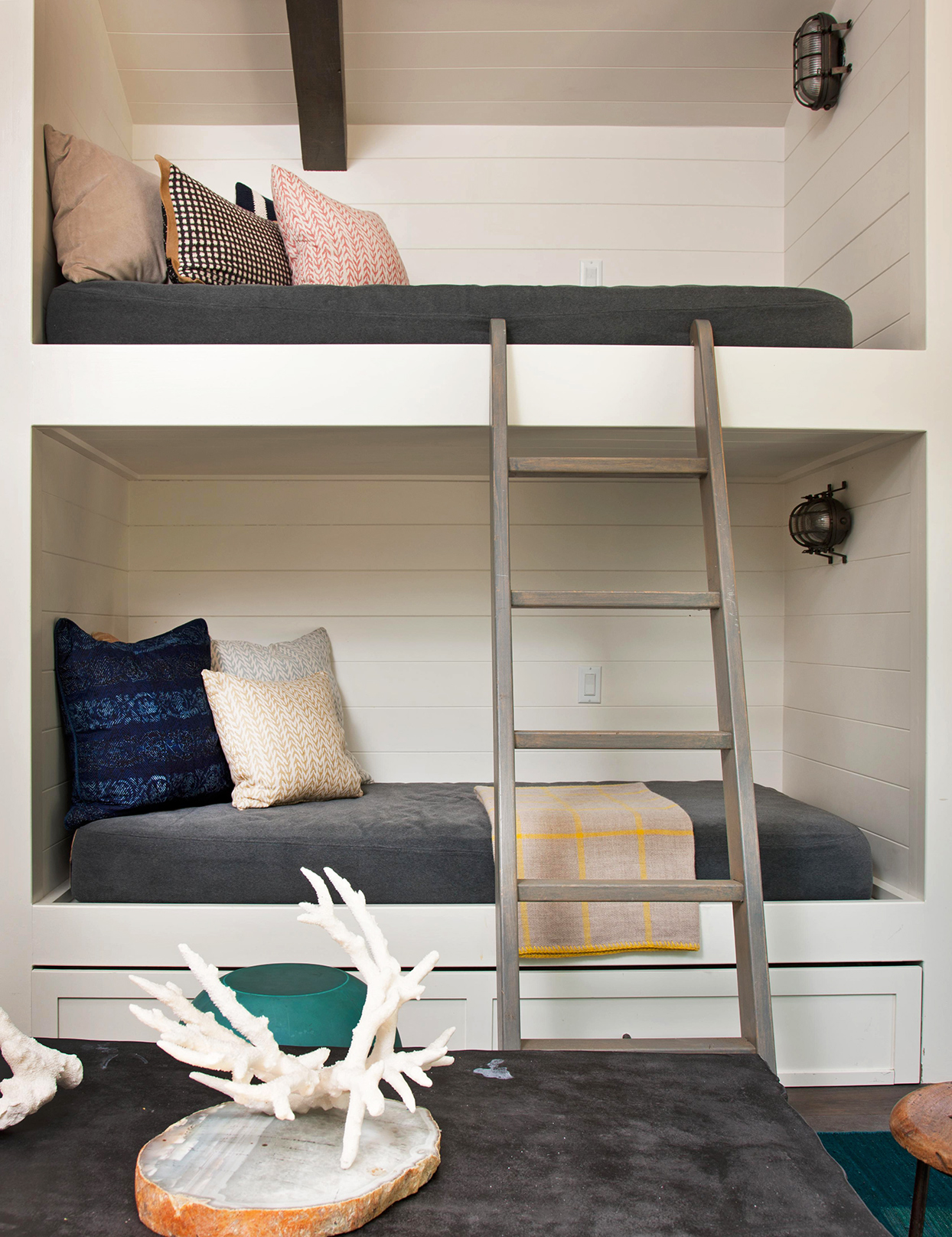 Built In Bunk Beds That Prove They Re Not Just For Kids