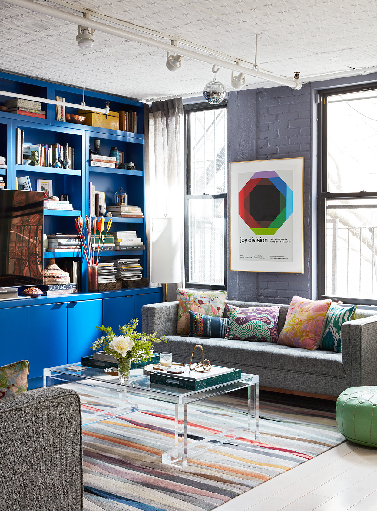 This Interior Designer's Home Masterfully Mixes Color