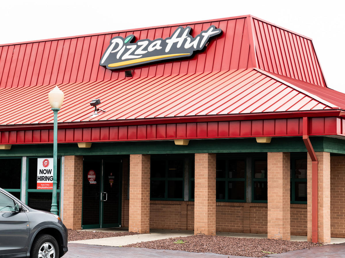 Farewell to the Dine-In Pizza Hut
