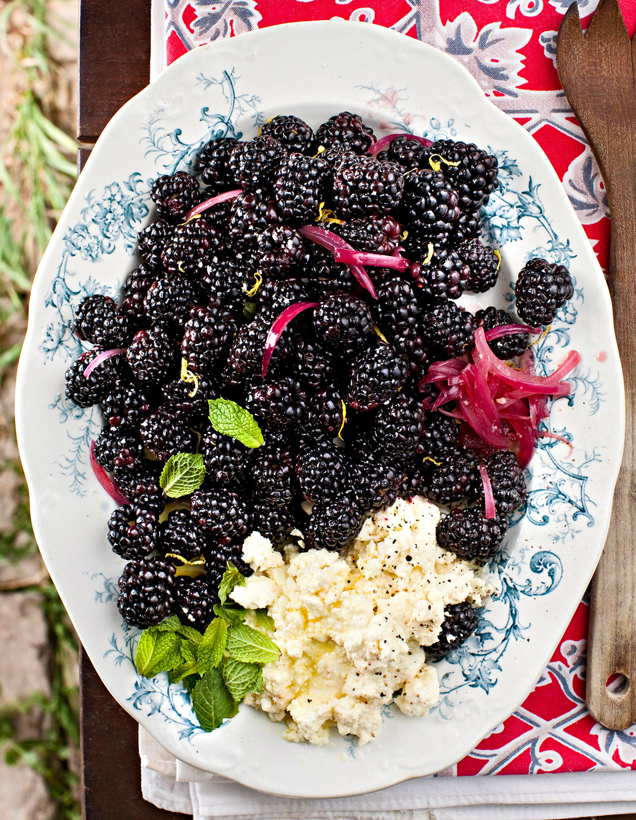 Blackberry Salad with Creamy Feta