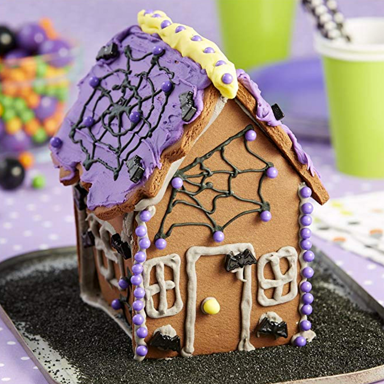 halloween gingerbread cookie house