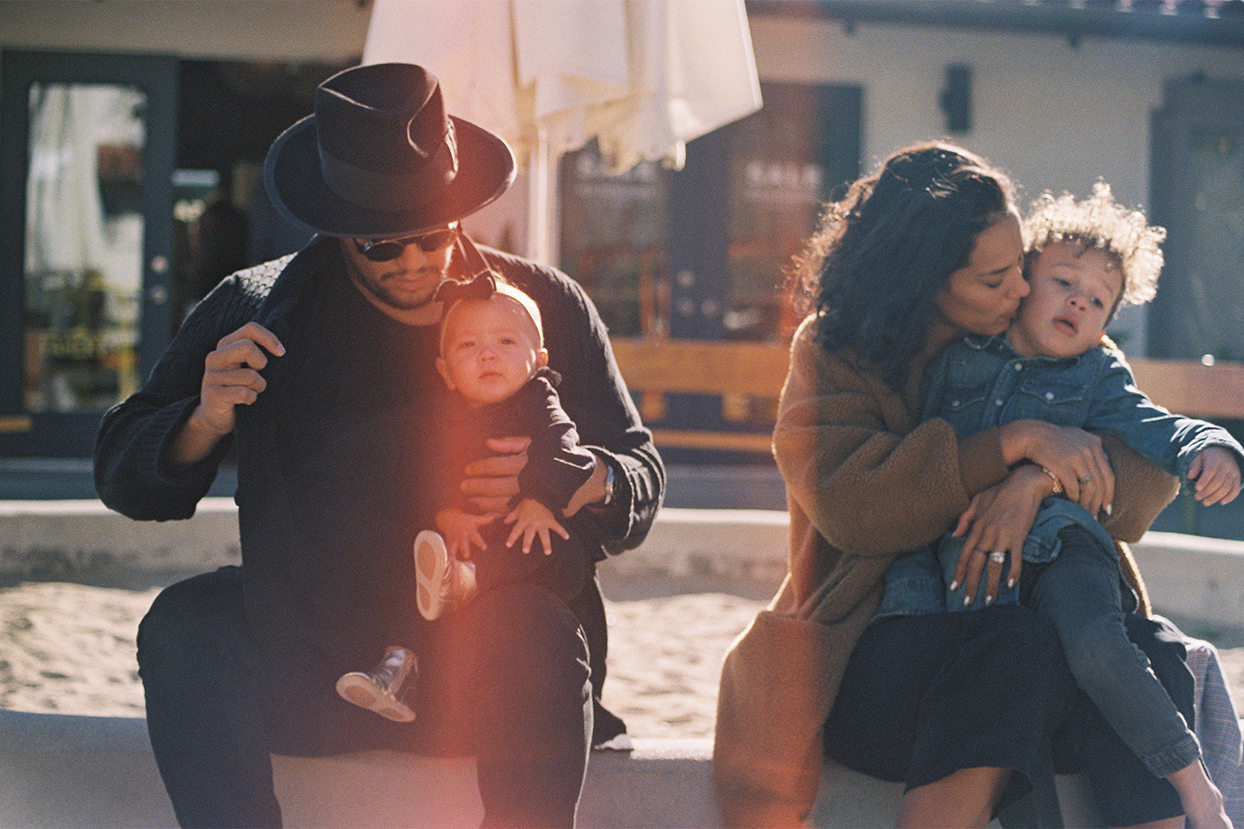 friends of Chip and Joanna that will be in their new show