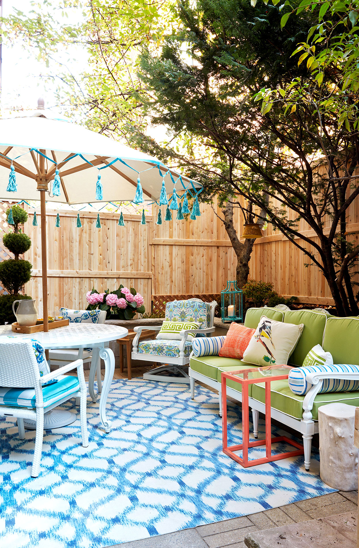 14 Clever Tricks To Make Your Small Backyard Live Large Better Homes Gardens