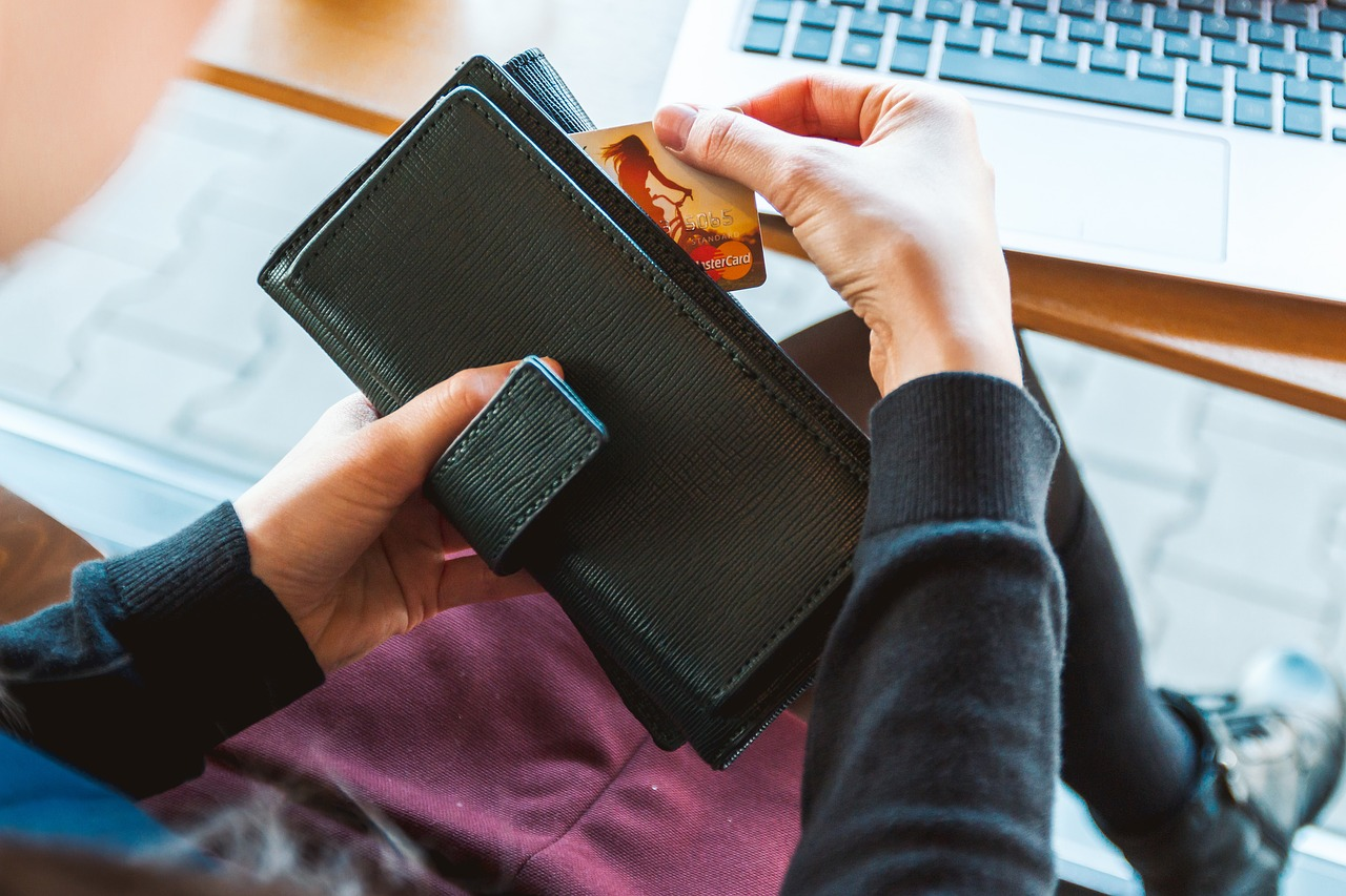The Best Credit Cards for Young Families