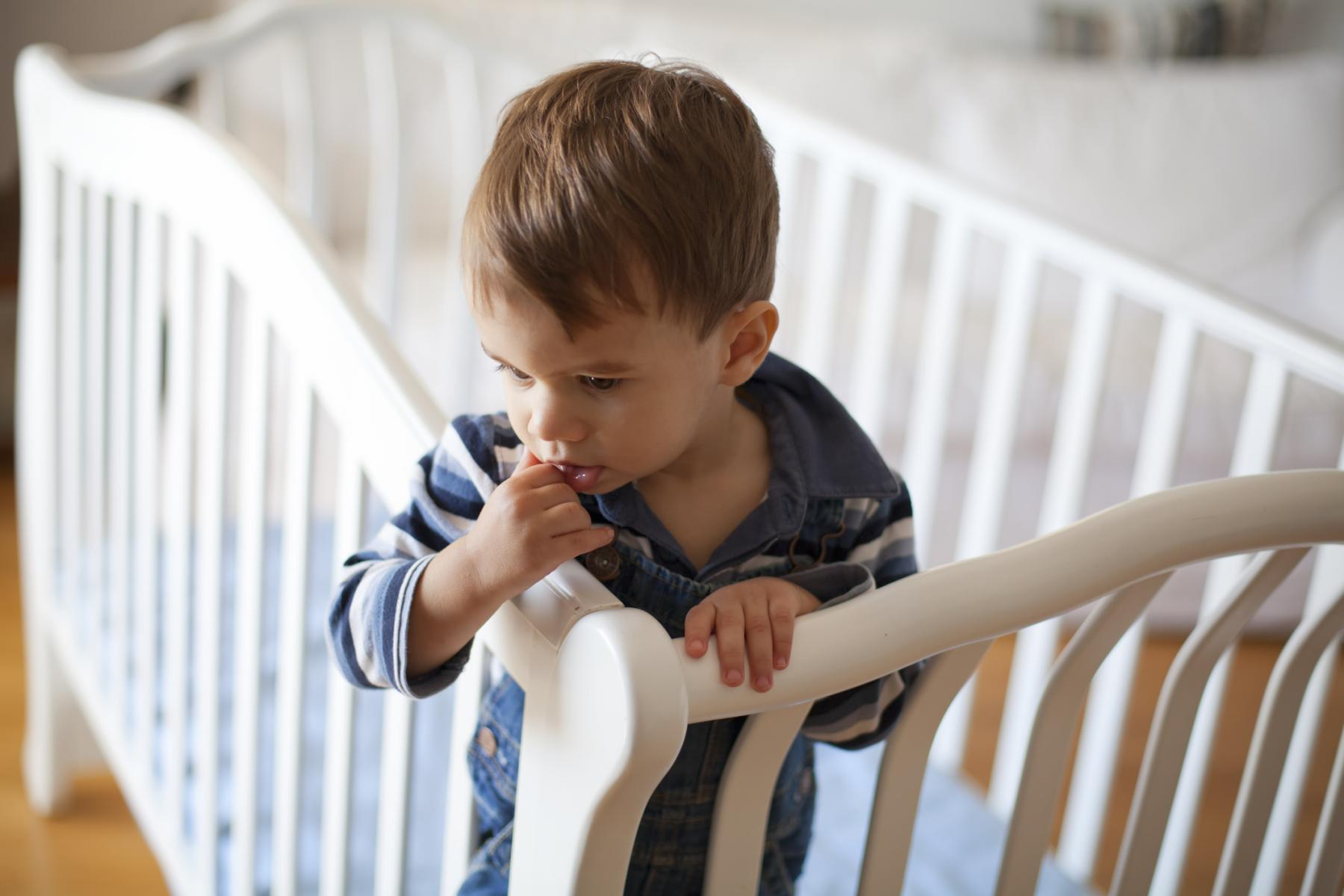 When To Switch To A Toddler Bed Parents