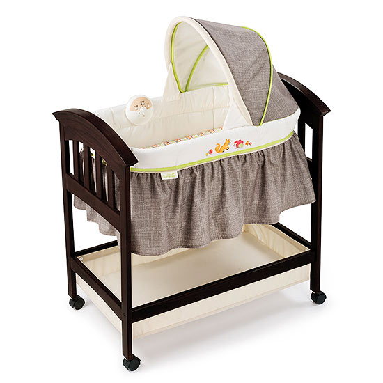 Summer Infant's Fox & Friends Classic Comfort Wood Bassinet