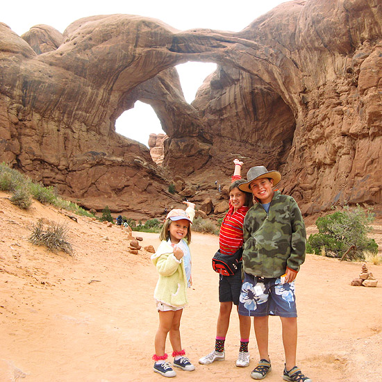 Family visiting Alamo Arches National Park