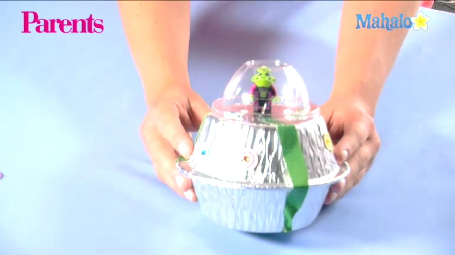 How-to Video: Make a Flying Saucer Craft