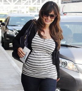 It's a Boy for Actress Lindsay Price and Celebrity Chef Curtis Stone 29370