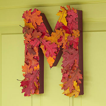 M leaf door decoration