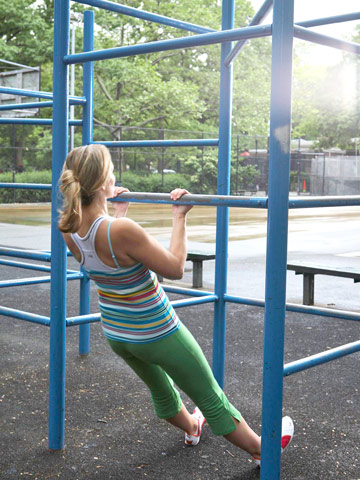 Jungle-Gym Pull-Up
