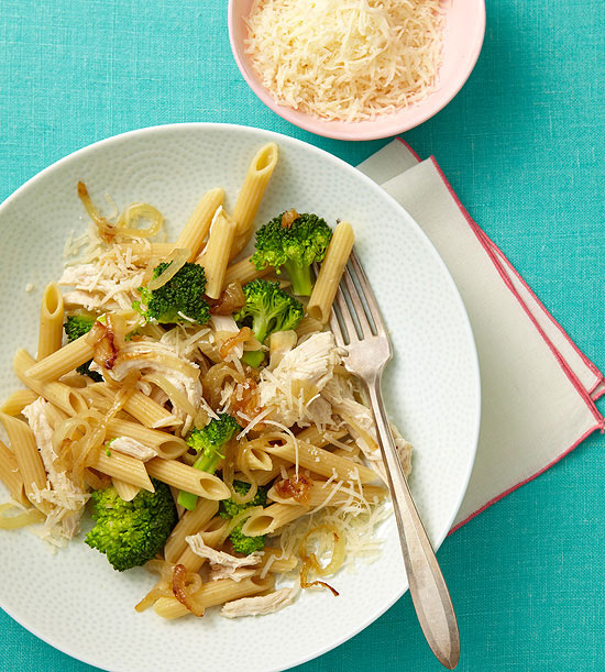 Pasta with Sweet Onions, Broccoli, and Chicken-1337957526552.xml