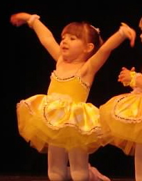 How to Be A Stage Mom (Without Getting All Toddlers & Tiaras)