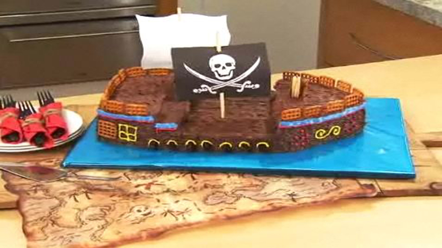 Pirate Bash Cake - Part Two
