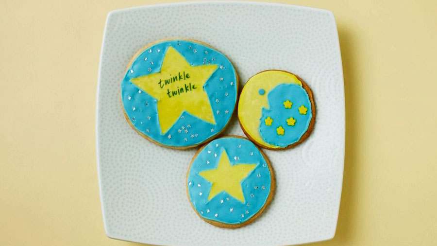 Baby Shower Ideas: How To Make Twinkle Twinkle Little Star Cookies