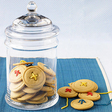 Maple sugar buttons