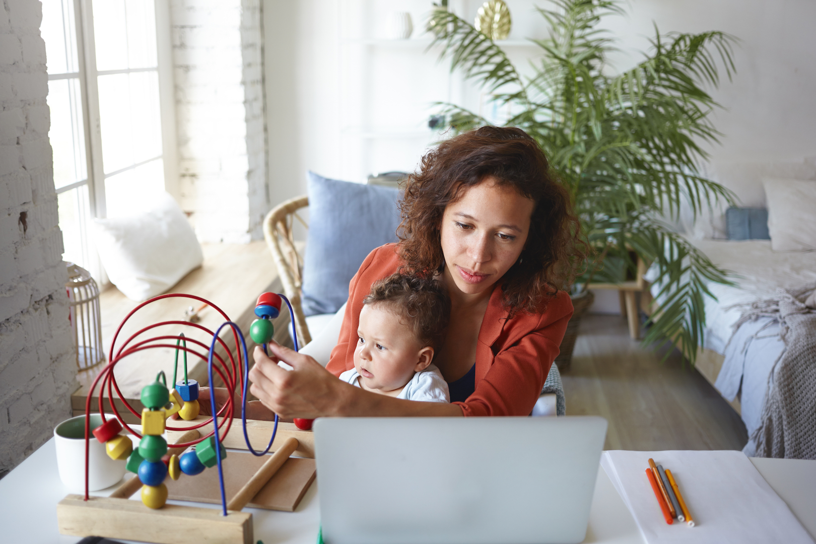 6 Tips to Make Returning to Work After Maternity Leave Easier
