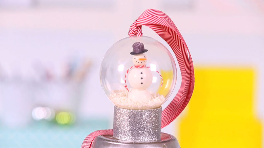 How to Make a Gumball Snowman Ornament