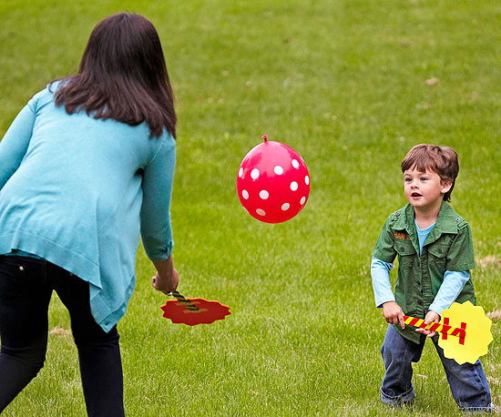 Balloon Badminton