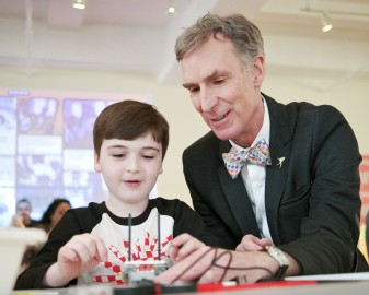 Bill Nye's Advice for Teaching Kids About Science