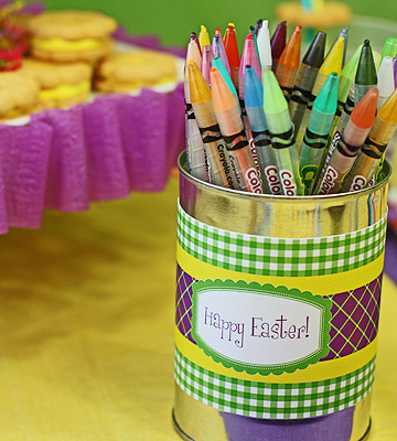 Easter crayon can