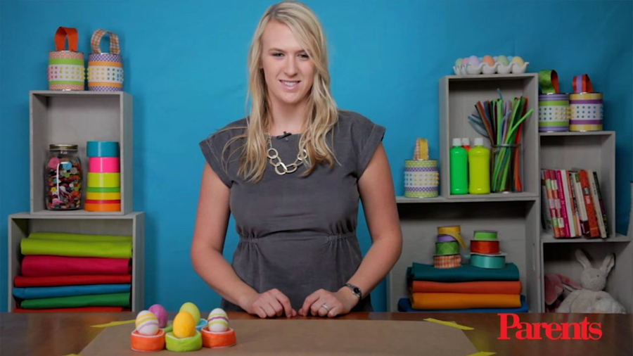 Make Sand-Art Easter Eggs