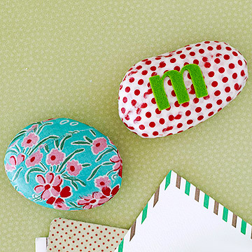 Fabric paperweight