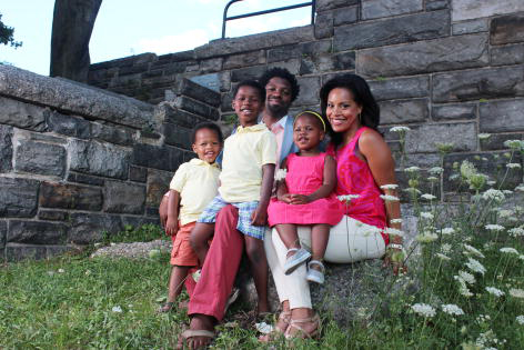 Sheinelle Jones and family