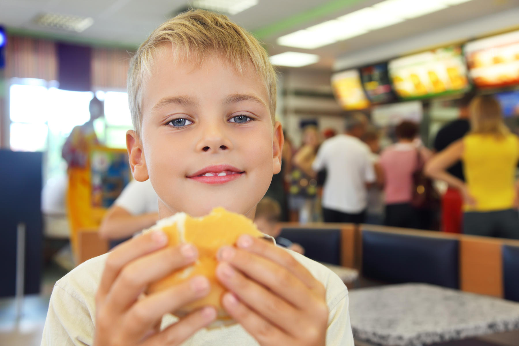 TV Ads Can Make Children Want to Eat Fast Food