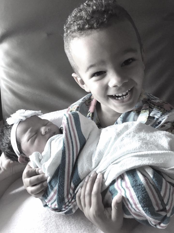 Awww... 54 Adorable Photos of Kids Meeting the New Baby