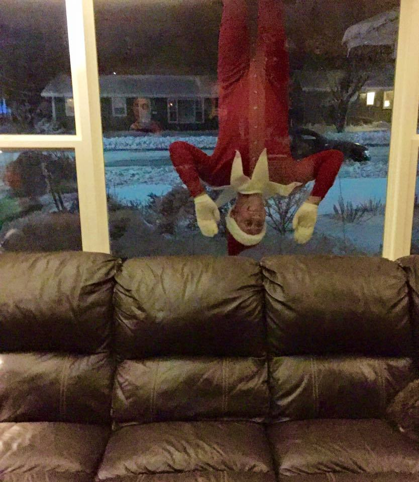 dad elf window