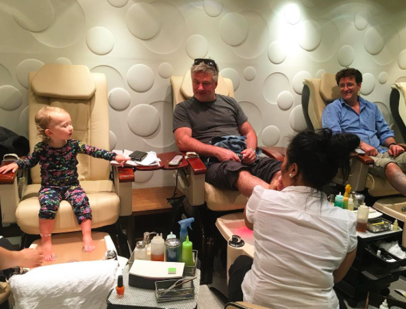 alec baldwin and daughter pedicure