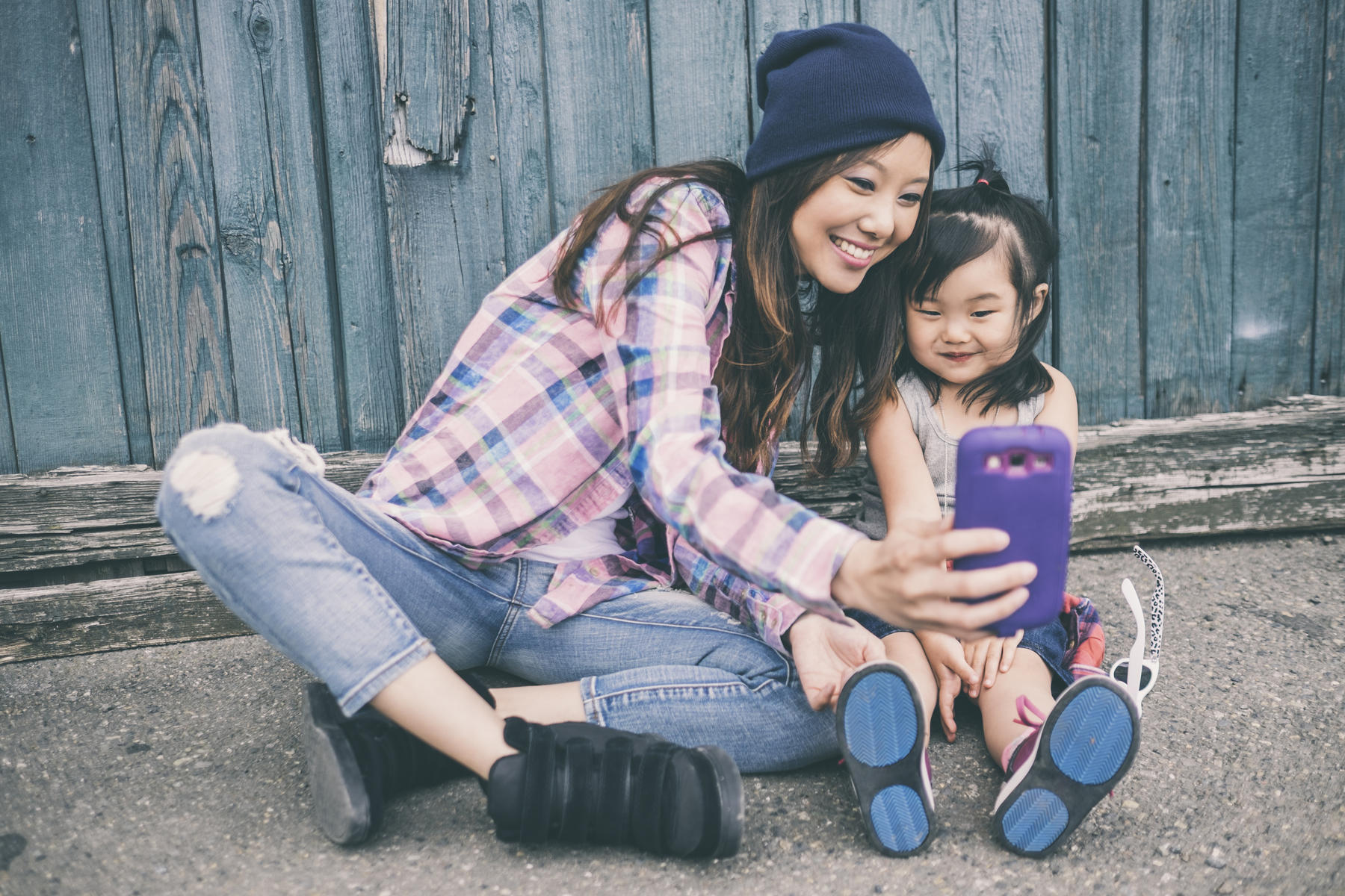 5 Moms to Follow on Snapchat