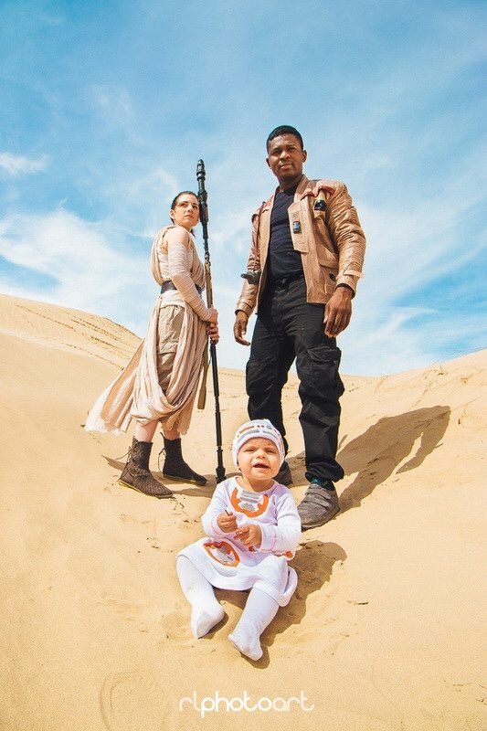 Utah family portrays 'Star Wars' characters in ComicCon photo shoot.