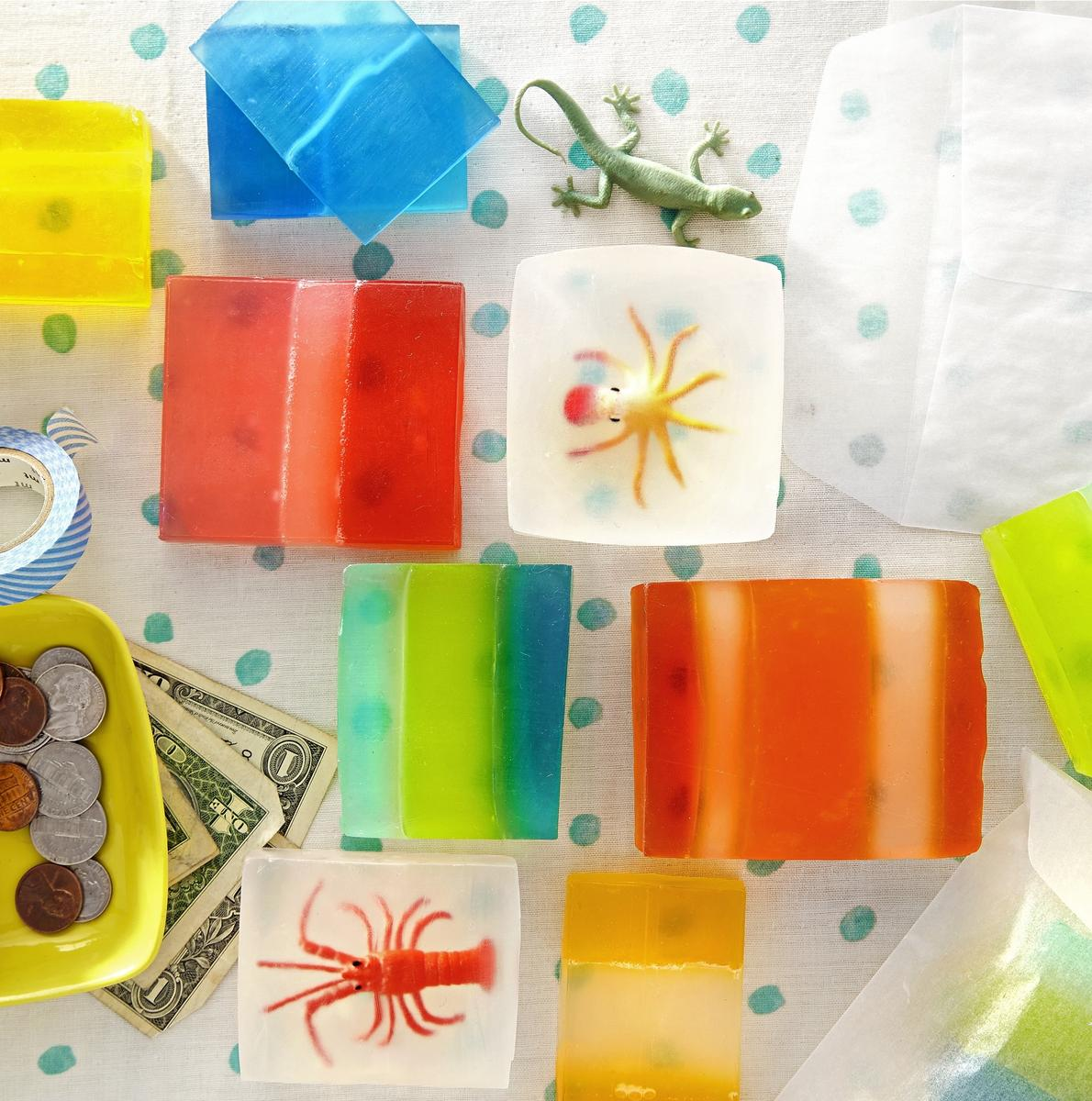 Mini Makers: 5 Crafts for Your Little Entrepreneur