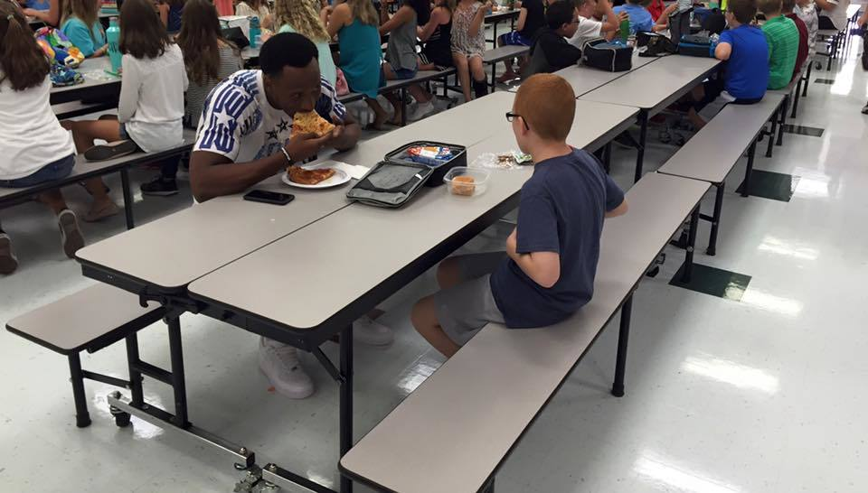 An FSU Football Player's Simple Kindness Toward a Boy with Autism Is Going Viral