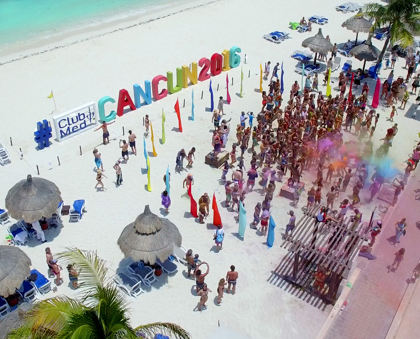 club med cancun color party