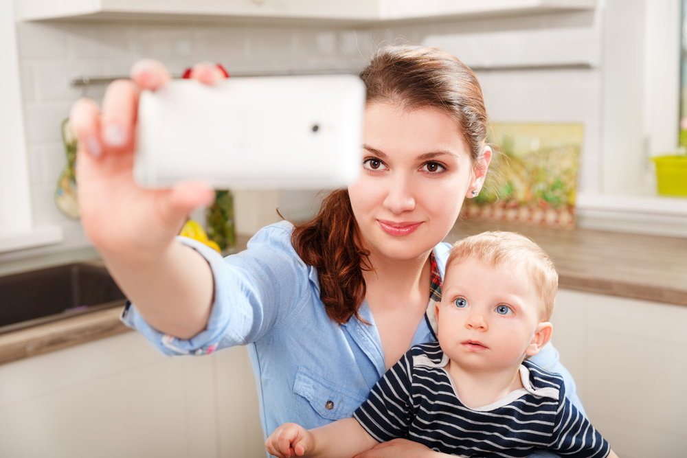 Setting Social Media Boundaries With Babysitters: What Parents Need to Know