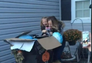 Little Girl's Reaction to Parents' Gender Reveal Is Agonizing and Adorable at the Same Time