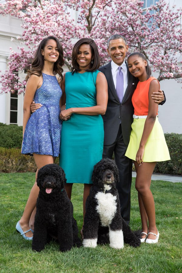 Lessons We Can Learn From Sasha and Malia's Parents