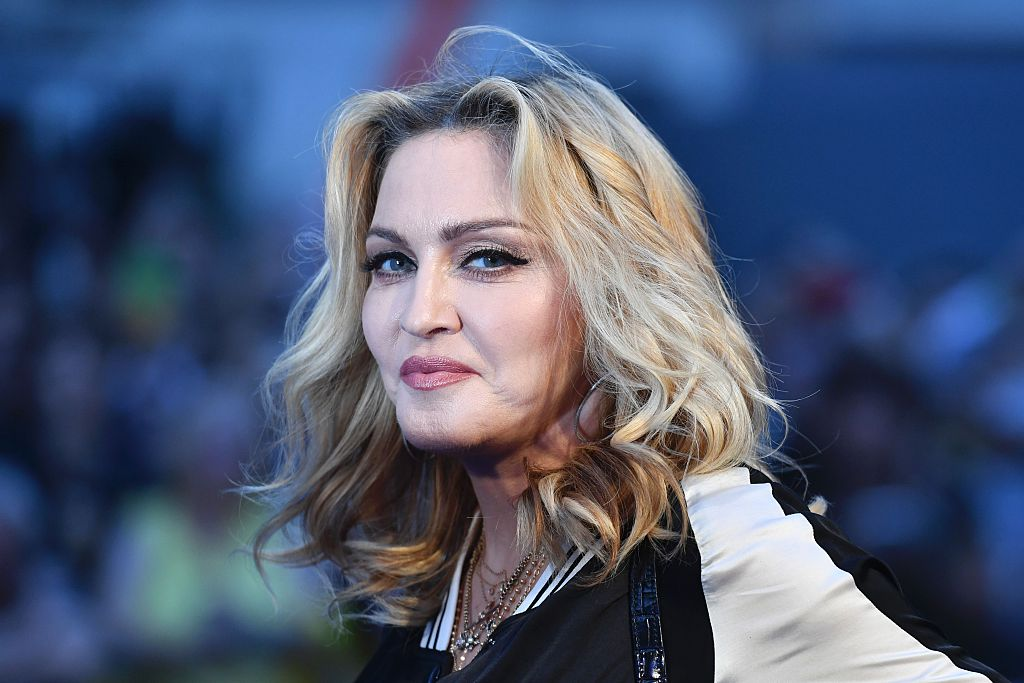 Madonna posts video of her twins